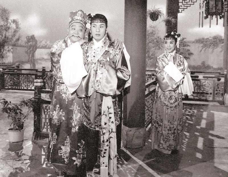 1960年的喜劇《招財進寶》由賀歲片常客梁醒波主演。