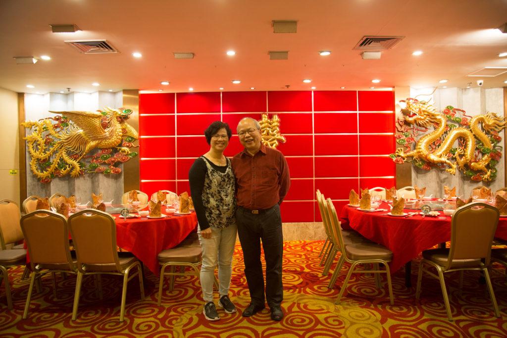 位於葵芳的龍寶酒家前身為紫荊海鮮酒家,這對龍鳯就是蕭炳強當年為紫荊海鮮酒家造的出品。