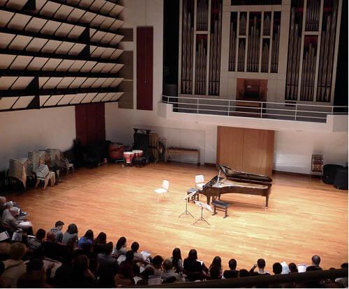 剛舉行不久的室樂音樂節,聽眾等候開場一刻。(圖片由作者提供)