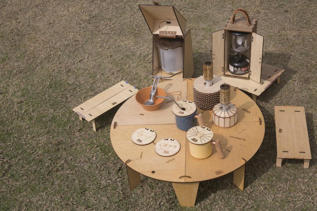 成立短短年半,HeA Camper已有不少產品,每個營燈盒設計都是獨特的,不同大小的桌子都能自由組合。
