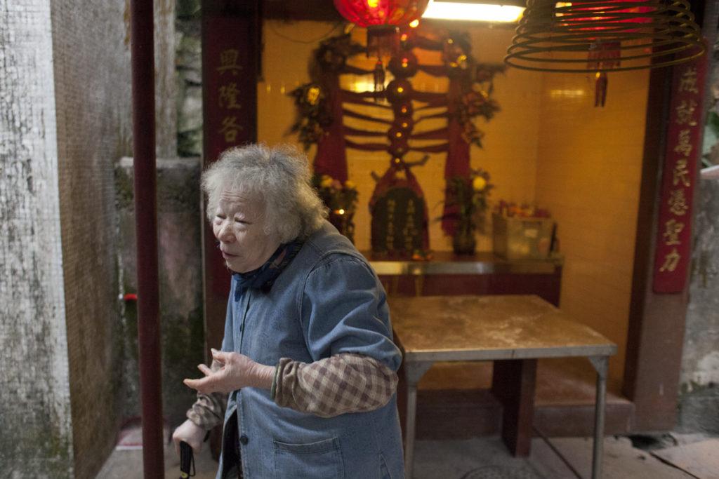 有老街坊已90歲,她們堅持燒豬會,會否延續下去靠下一輩。