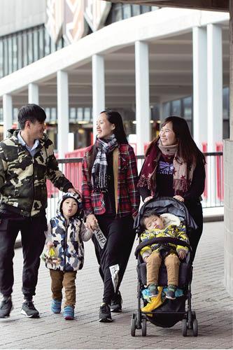 鍾凱研一直專責外展服務,與年輕人溝通頗有心得。