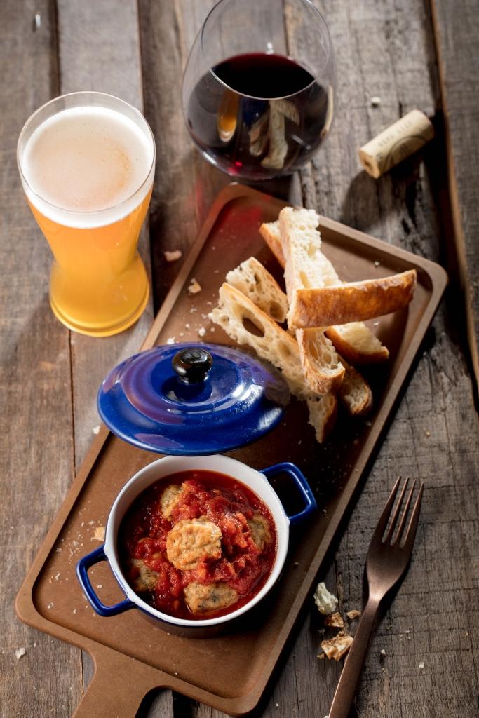 starbucks-baked-meatballs-in-garlic-tomato-sauce