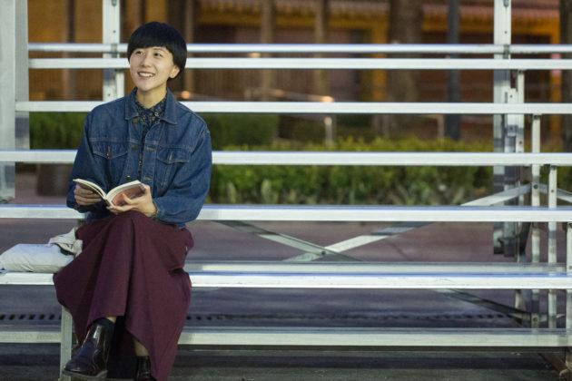 作詞人王樂儀愛鍾曉陽的文學作品,其中《愛妻》影響她最深,鍾曉陽本身也是一位作詞人。