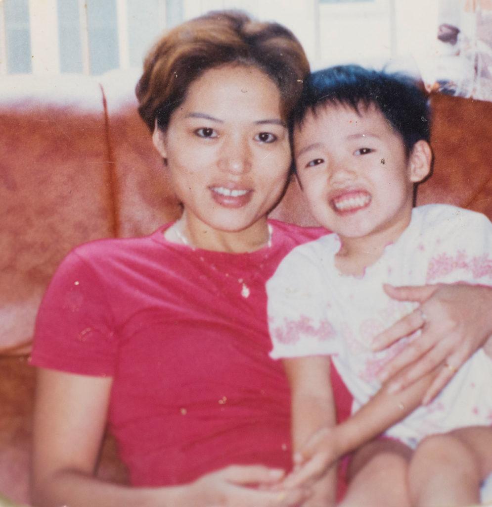 阿晴與媽媽的合照