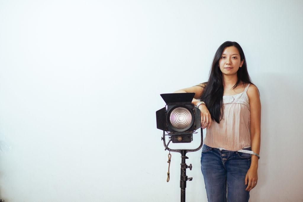 鄭藹如現正製作的紀錄片追蹤染有毒癮的越南難民露宿者世文,獲得香港紀錄片拓展計劃的種子基金15萬資助,她說基金沒有干預她的影片內容取材。