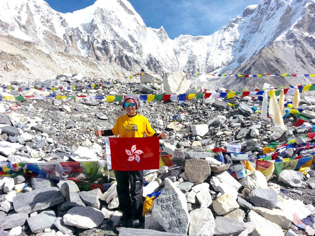 覺年去年登上珠穆朗瑪峰,她認為只要有恆心、有毅力,每個人都可以達到他的夢想。