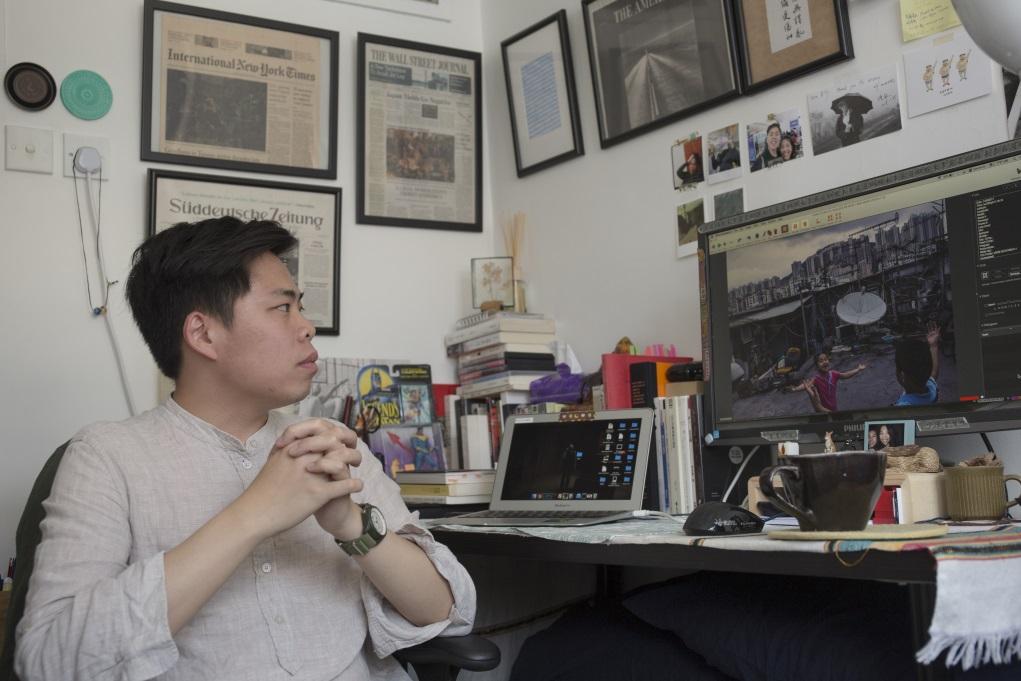 新聞攝影師Billy H.C. Kwok沒刻意為「過渡」主題拍攝參賽作品,卻發現工作過程中,很多畫面都與回歸有關。
