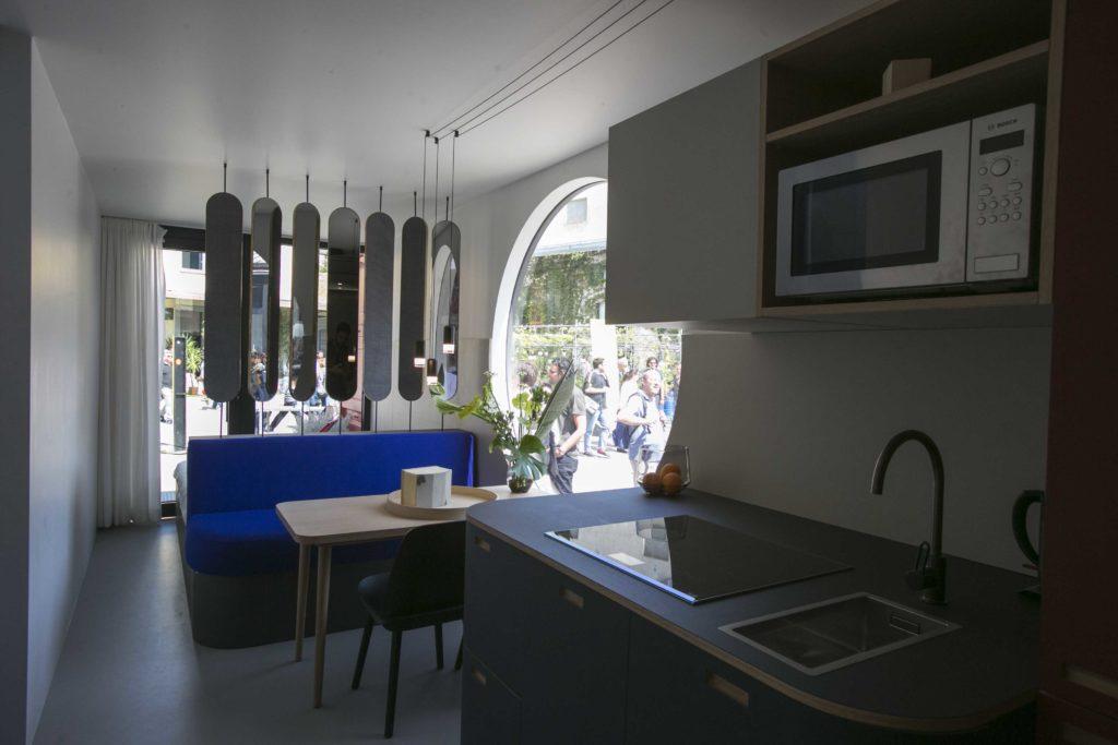 室內設計也非常講究,選用不少德國設計的廚具及家具。