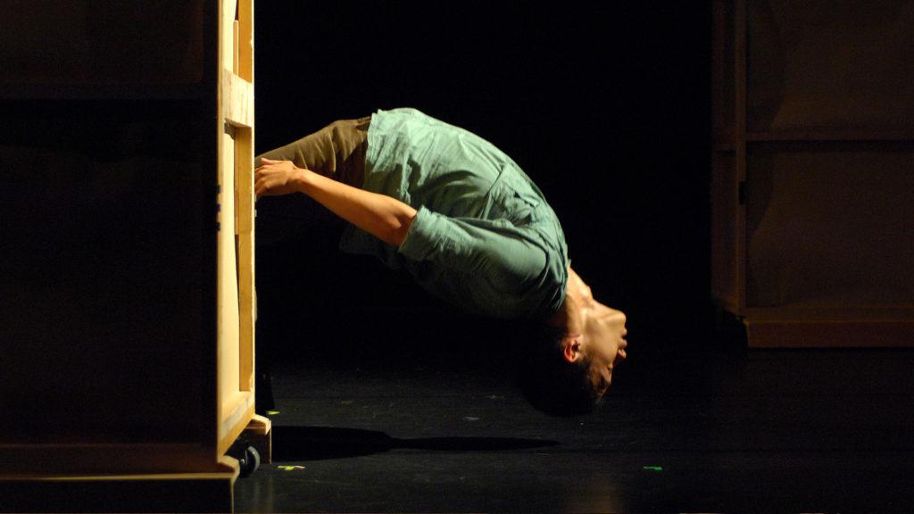 《速度》於2007年在台灣首演的演出照(圖片由受訪者提供)