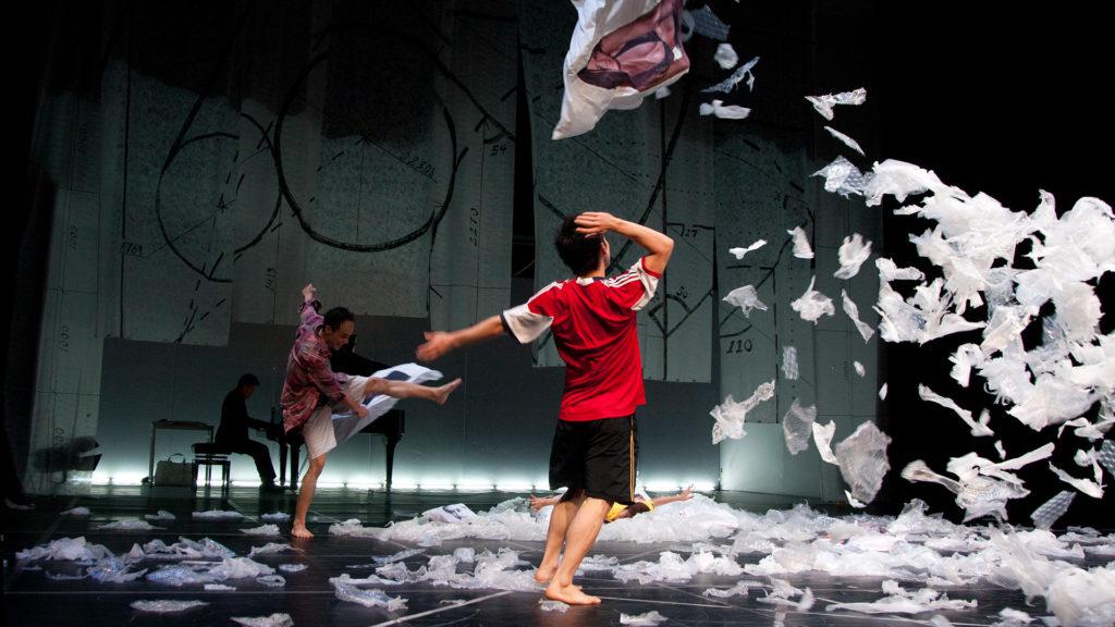 《蕭邦VS Ca幫》在2010年的演出照(圖片由受訪者提供)