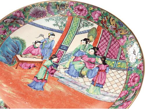 仿嘉慶道光年間廣彩長行織金人物,近年譚志雄師傅的手彩。