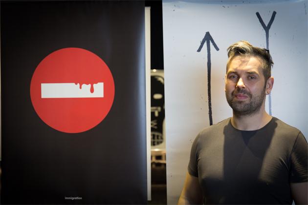 "Max認識全部參展藝術家,認為每位也各有所長,但假若硬要選最喜歡的,便是Wojciech Mazur的""No entry"" 。"