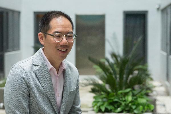 雖然從小在工廠長大,Raymond在參與九龍灣廠活化期間,才真正意識到工業精神之可貴,決心承傳香港製造。