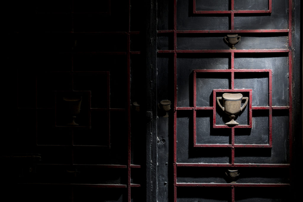 「金盃牌」是南豐紡織的品牌,從前廠房大閘上的金盃標誌,到今天依然保留着,將會在文創基地The Mills中展示。