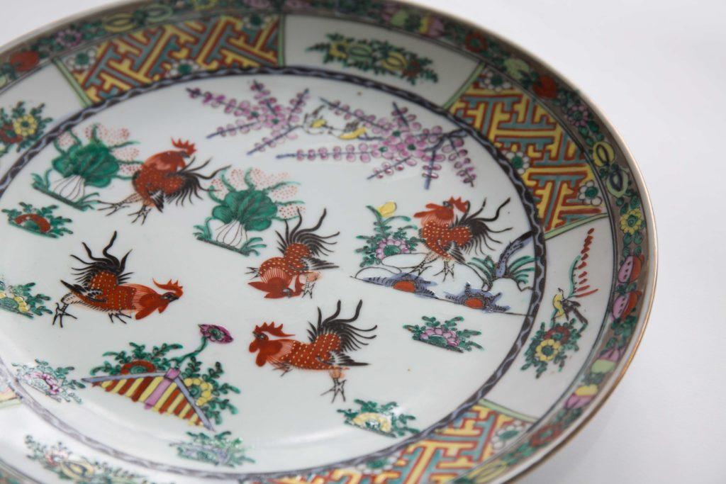 仿清朝翎毛邊作品,粵東磁場出品的七十年代鬥雞碟。