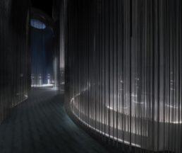 全場由Loïg Prigent和Willy Papa共同完成的九部短片貫穿,第二展廳放置了造型各異的展櫃,展示了自1940年至2017年的作品。