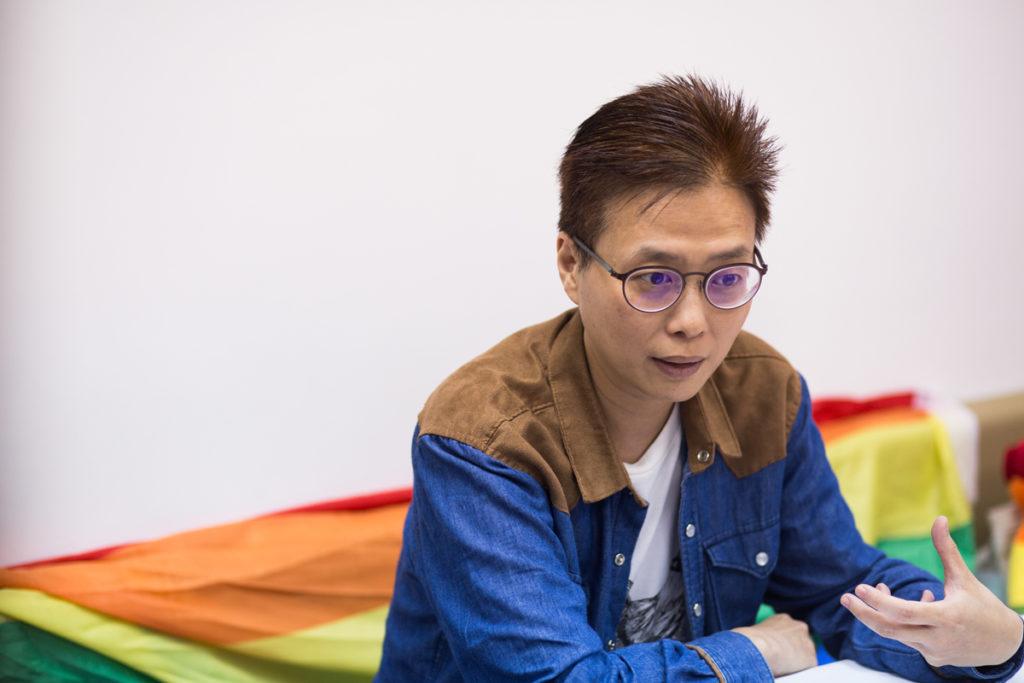 張佩琦指,接變性手術前,本港醫院要替跨性別人士與家人做不同的心理評估,其評估有時長達10年或以上。