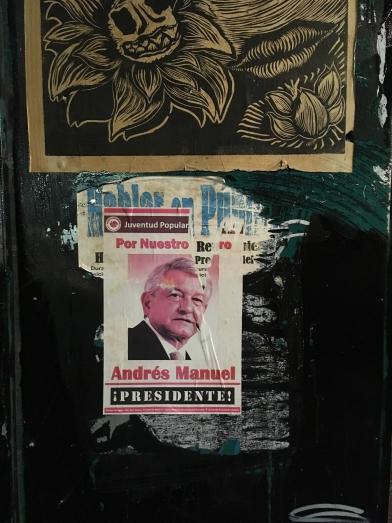 競選海報可以被撕毀,政客的私心又可以嗎?