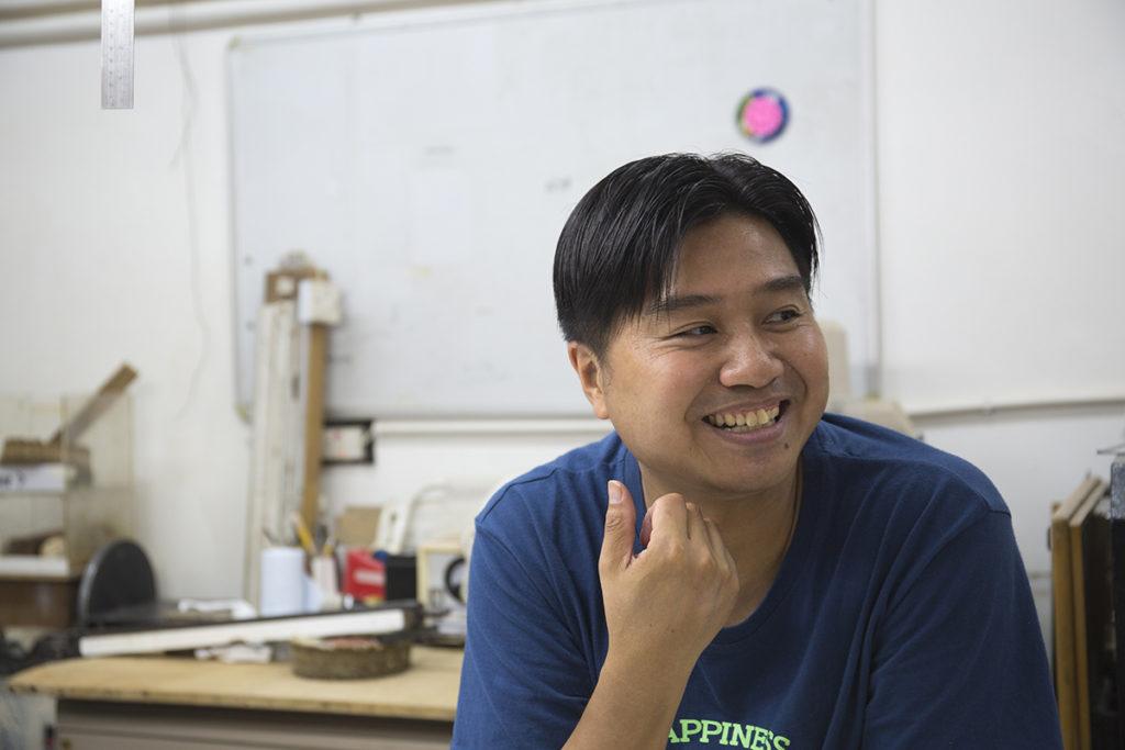 李健明自兩年前開始,努力把書法家李漢留下的字跡數碼化,並把它命名為李漢港體。