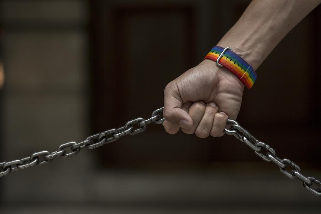 司法制度,是同志平權的阻力還是助力?