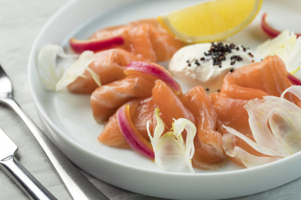 9_social-lemongrass-vodka-cured-salmon-lime-creme-fraiche