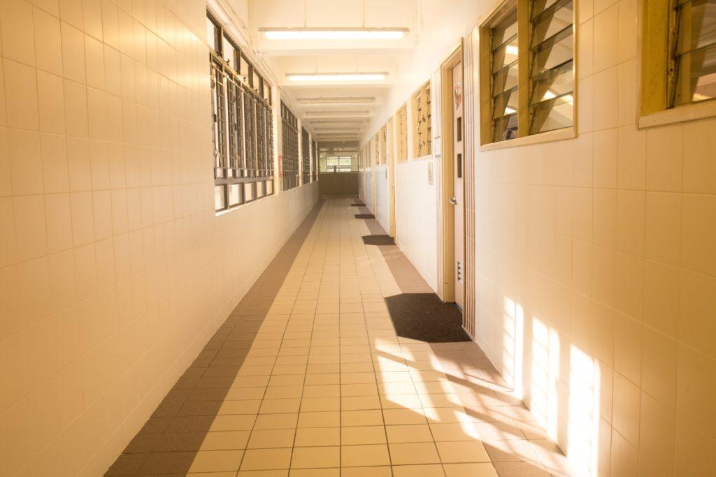 無障礙校園環境,沒有什麼會絆倒學生。