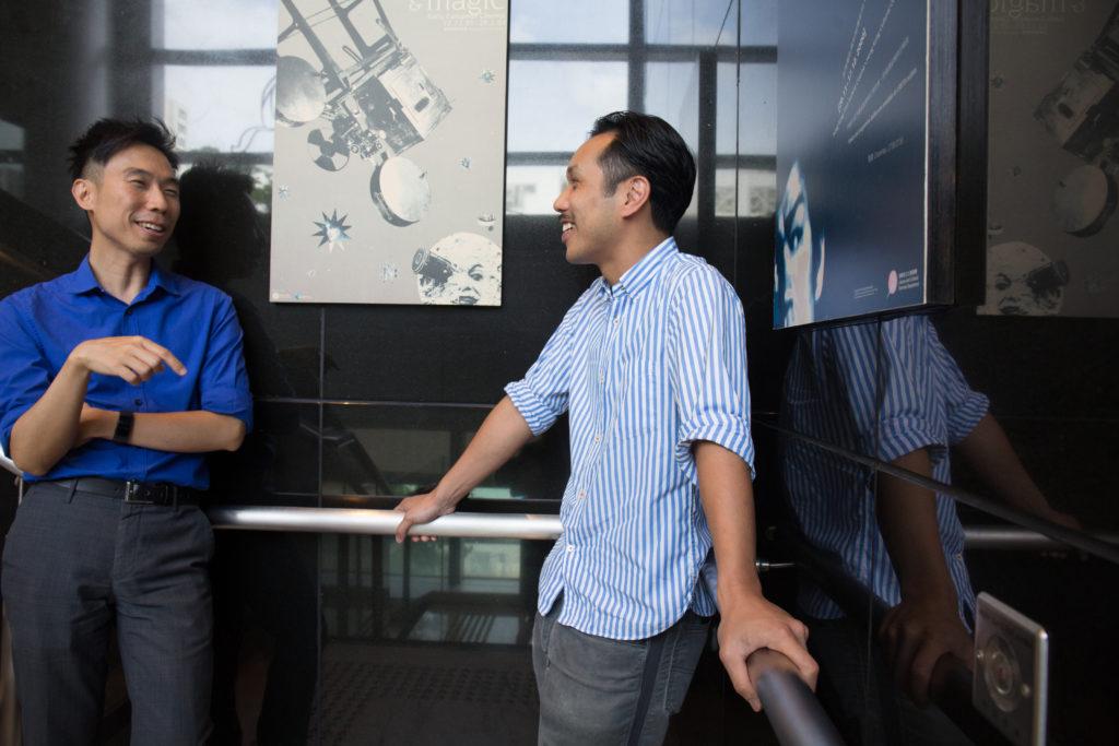 電影資料館一級助理館長龍智傑(左)與梁醒波長孫梁智宏(右)年初已開會籌辦「我們的波叔」回顧活動。