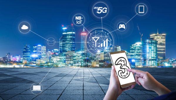 3香港推動5G通訊新世代的發展,為新經濟締造新數碼互聯網生態圈,全力提供嶄新優質的服務。