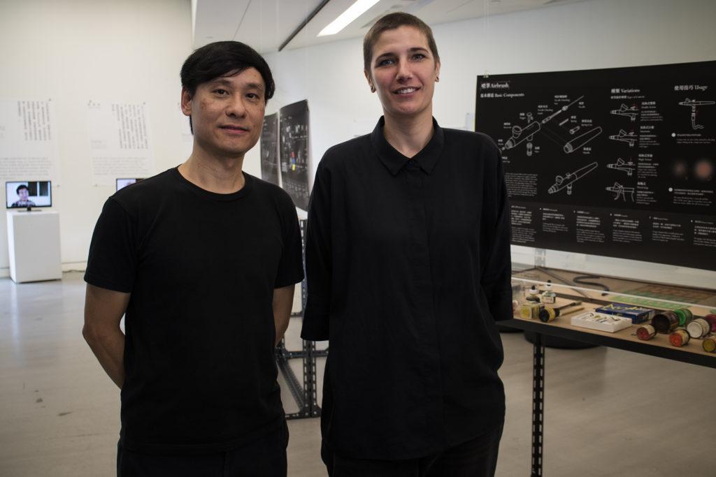 郭斯恆(左)及Anneke Coppoolse(右)同為香港理工大學信息設計研究室的成員,負責研究本地美學設計發展。