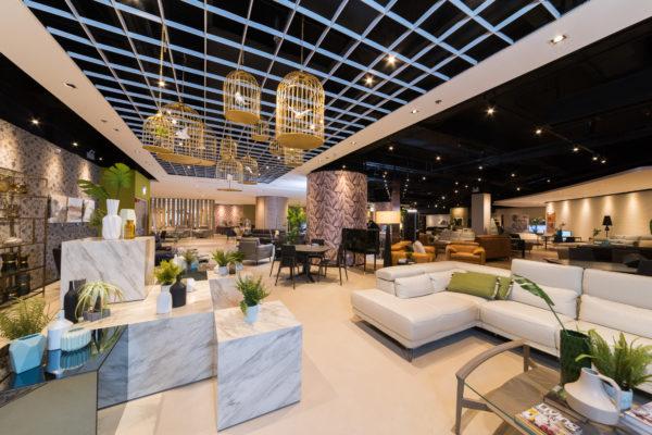 歐化傢俬陳列室由視覺商品設計團隊精心打造,呈現歐洲最新家居潮流概念。