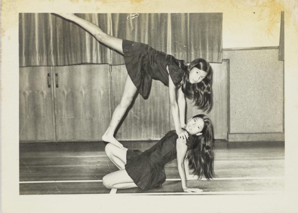 盧敏儀當年以現代舞勝出了舞蹈比賽,還到了電視台表演。