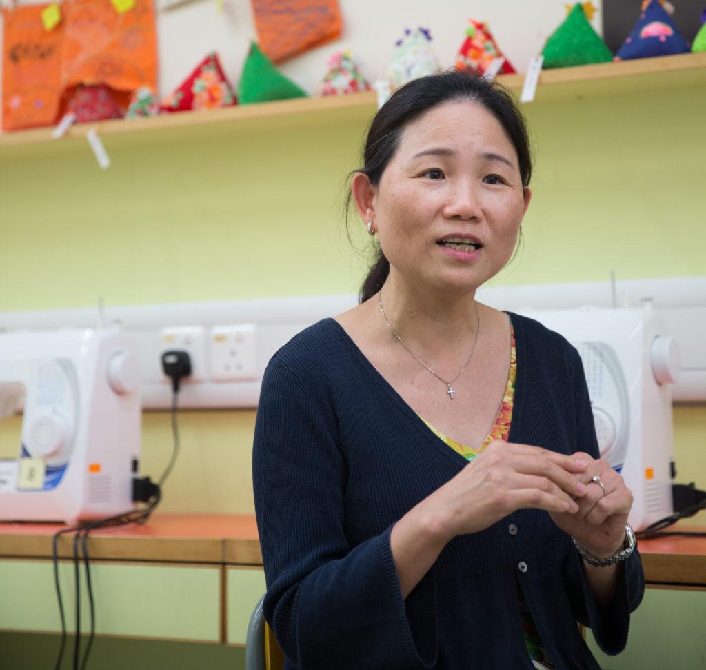 Mrs Tam說出了身教的重要,「我本身是尊重食材,不會浪費,學生上我的課的時候,她們清楚我是怎樣的人,會跟隨我,也會學識珍惜食物。」