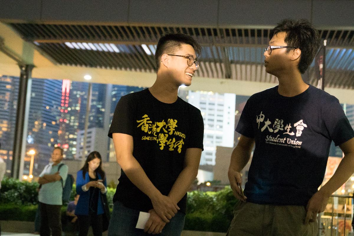 大學開學日,兩位學生會會長的言論,再次成為焦點。