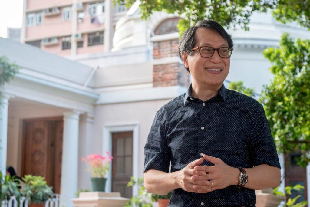 香港大學建築保育學部主任李浩然博士分析本港唐樓分為四代,樓梯舖是第四代唐樓的產物。