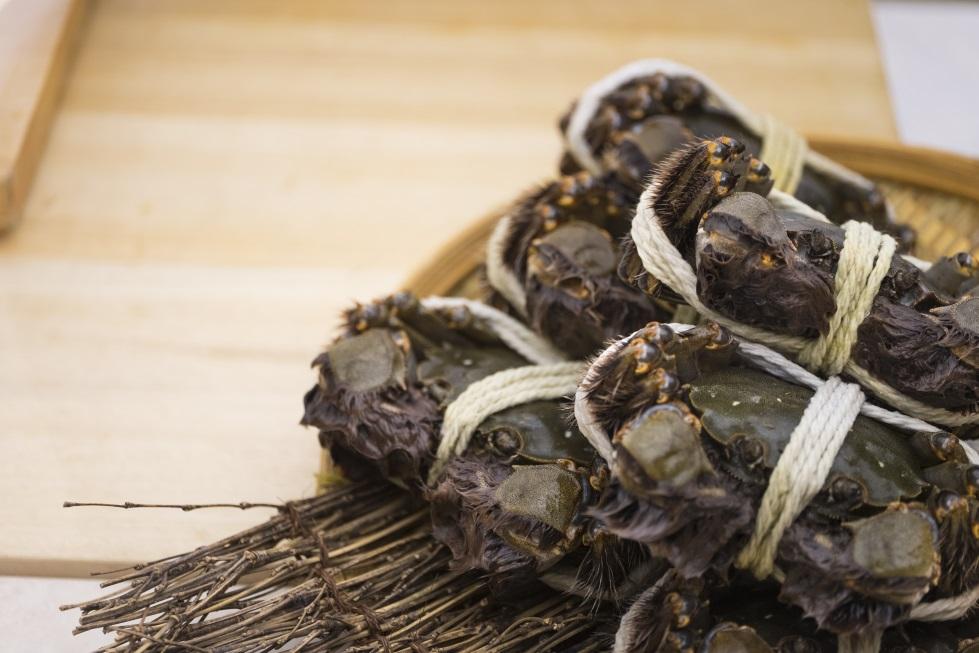 壽司芳選用的是北海道野生大閘蟹