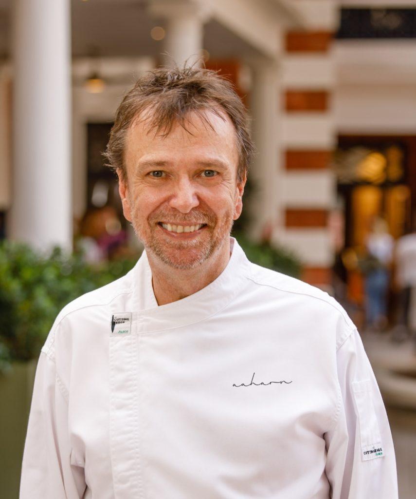 David  Thompson今年更成為北歐White Guide的Global Gastronomy Award的得獎者,全球只有十二人。