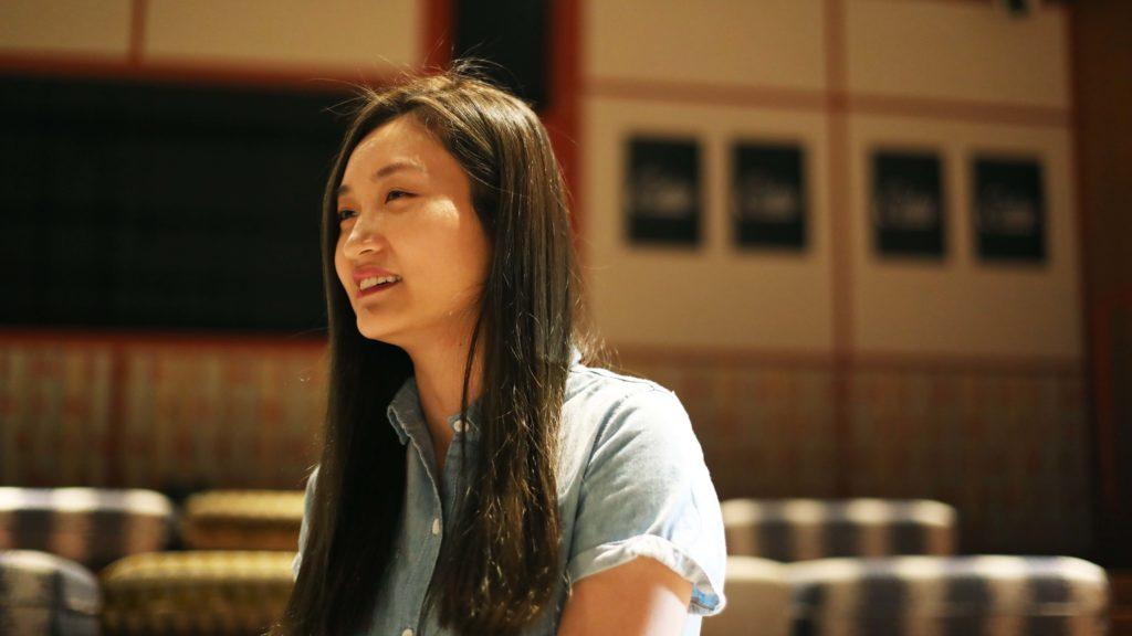 《淪落人》導演陳小娟,曾以短片《兒女》參與鮮浪潮本地短片競賽,其他短片作品包括《呵囉哈!》和《三個金幣》,憑「首部劇情電影計劃」獲奬開拍首部執導作品《淪落人》,成為今年香港亞洲電影節的開幕電影。