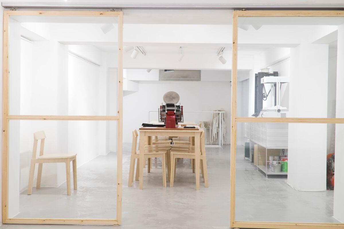 openground樓上放了製模機、立體打印機等機器,讓人租用工具,後面的空間亦可用來作講座。