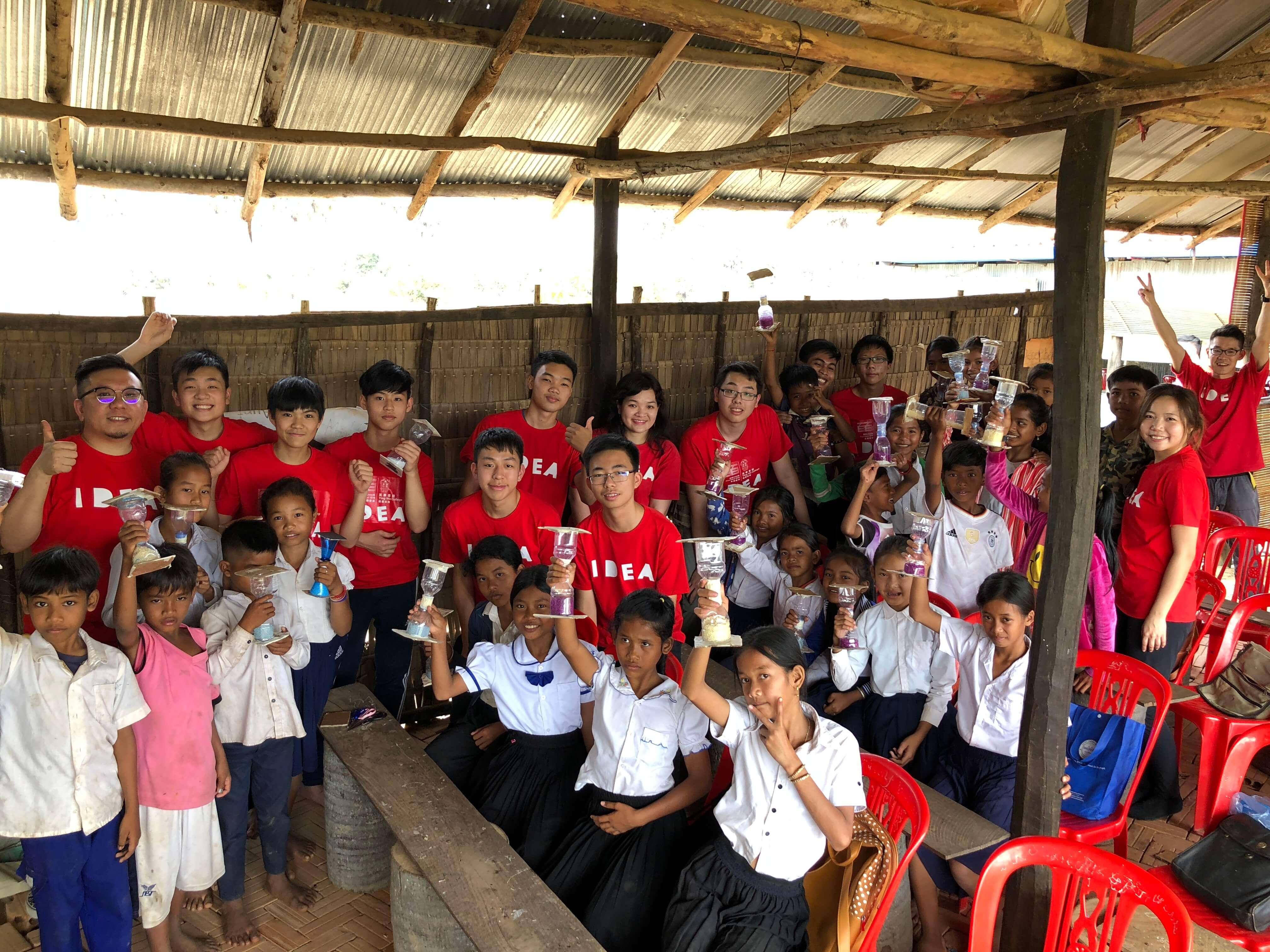 Anson認為給柬埔寨小朋友的設計工作坊,最重要是啟發到他們,例如令 他們認識到音樂這新概念,並希望他們把所得的啟發分享出去。(受訪者提供)