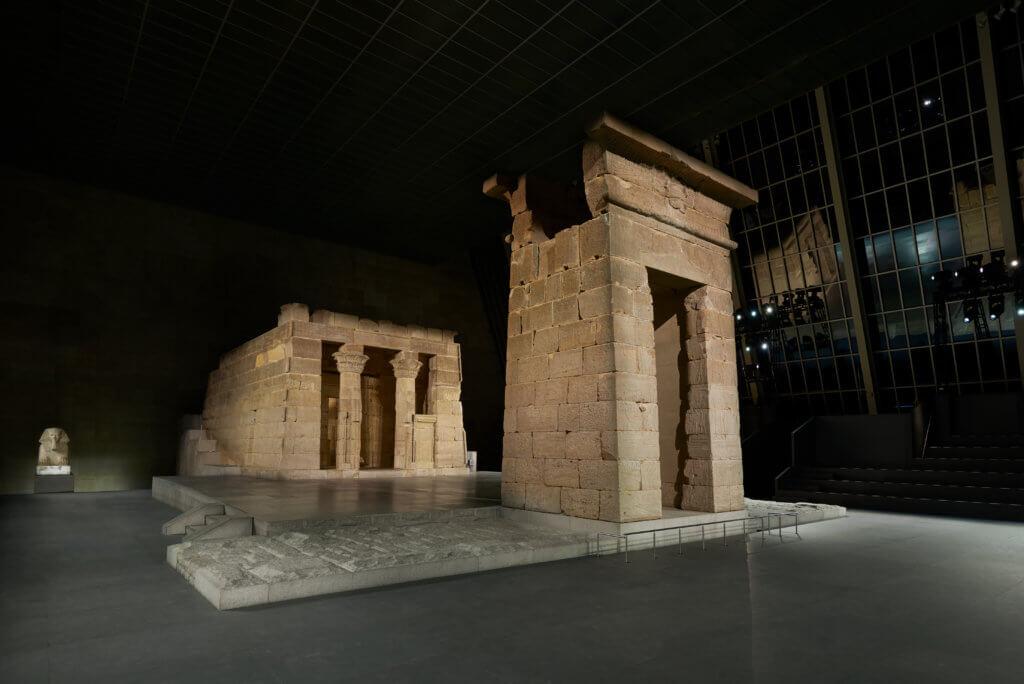 雖然我本人未去過紐約大都會藝術博物館,但我至少睇過Ocean's 8吖,Met不是有個大名頂頂的Egypt Temple嗎?