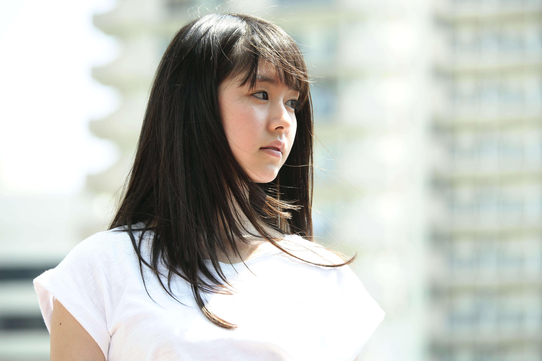 導演面試了很多女主角。開拍前三個月,他堅持用新人唐田英里佳演朝子,他說新面孔才會令觀眾猜不到結局。