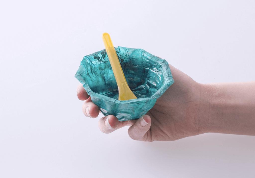 物料亦能製成即棄食具,適合快餐店使用。