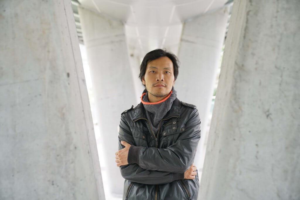 去年九月,他正式成為香港居民。