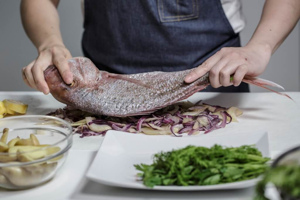 【Chefy Little Touch】紙包焗原條海鱲魚 Baked whole snapper en papillote