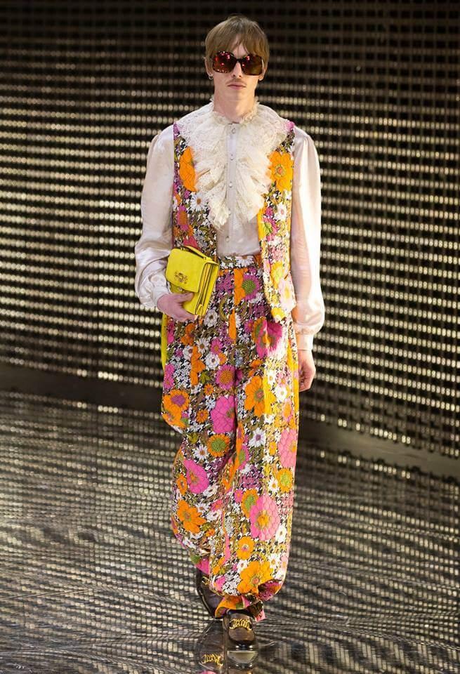Gucci FW19 模特兒穿上鮮艷色彩花衫