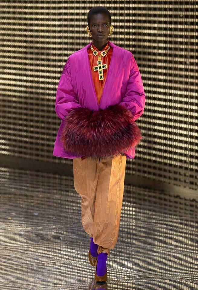 Gucci FW19 模特兒穿上寬褲