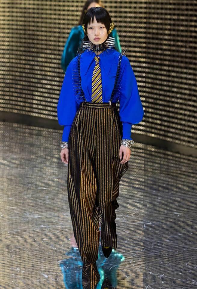 Gucci FW19 女模特兒穿上寬褲