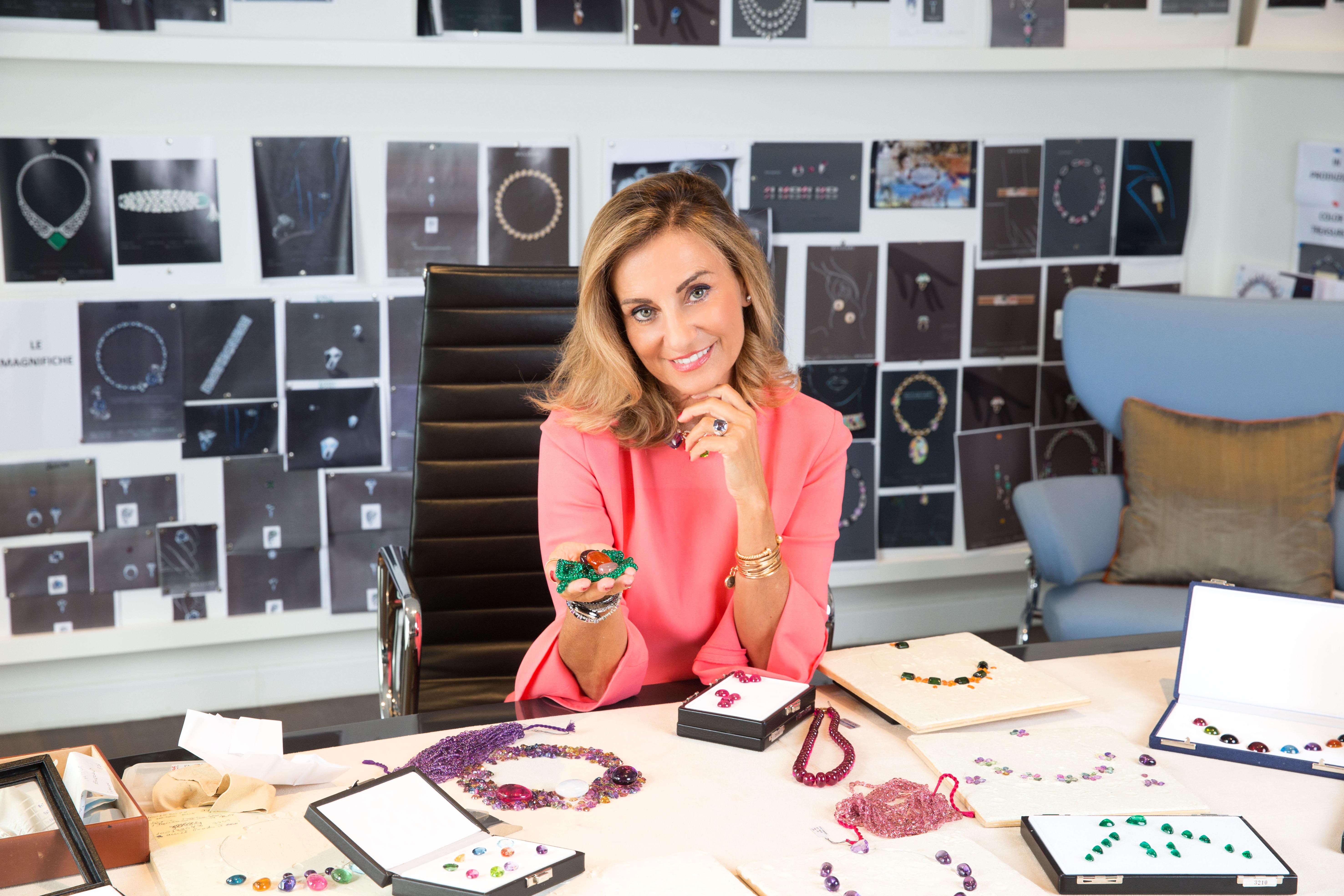 品牌創意總監Lucia Silvestri因到訪Andy Warhol而深受啟發,回想起璀璨的八十年代猶如閃耀的寶石,她的Wild Pop珠寶系列,則以八十年代及Andy Warhol作為主題,創意及設計先行。