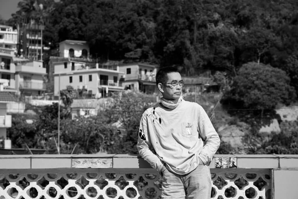 炳哥工作37年,只打過一份工,就是記者。那是一個可以當一世記者的時代。